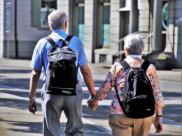 Powszechne mity i błędne przekonania na temat osób starszych